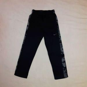 Boy's youth XL Nike athletic black/gray pants